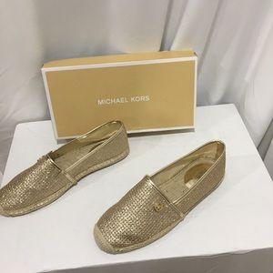 Michael kors gold slip on 8